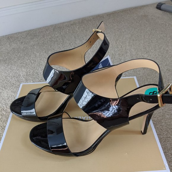 Nwt Michael Kors Mid Patent Leather